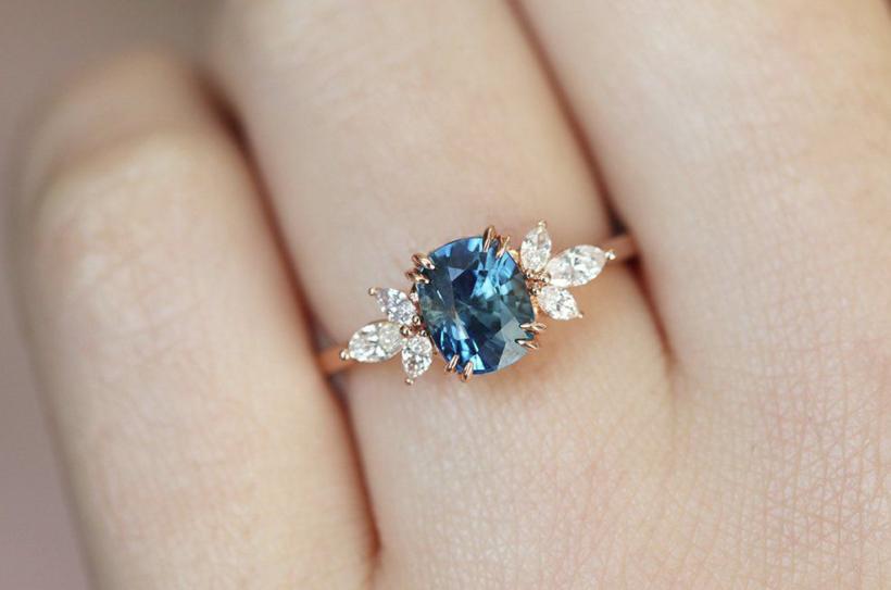 nhẫn đá quý