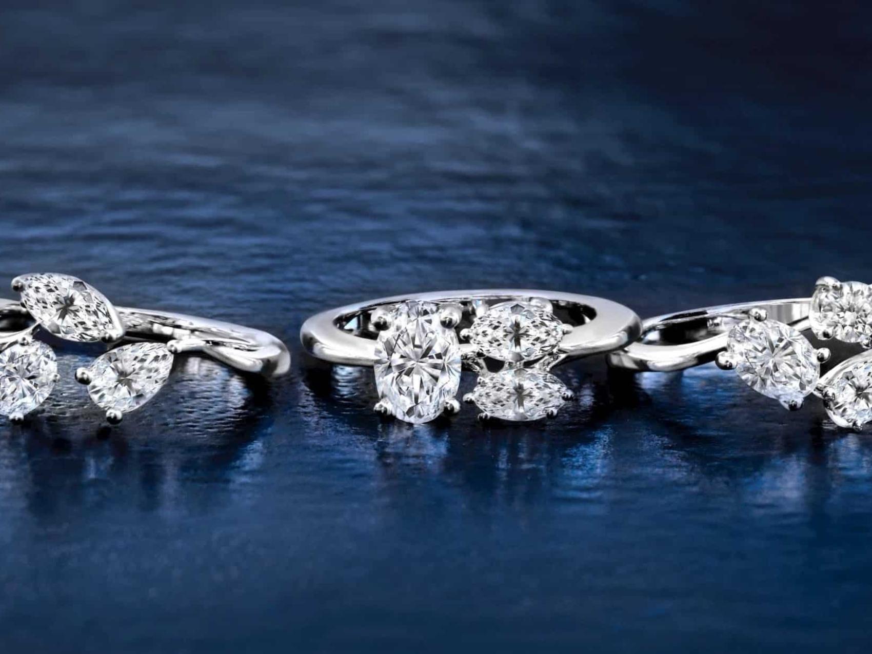 So sánh kim cương và đá Cz cover